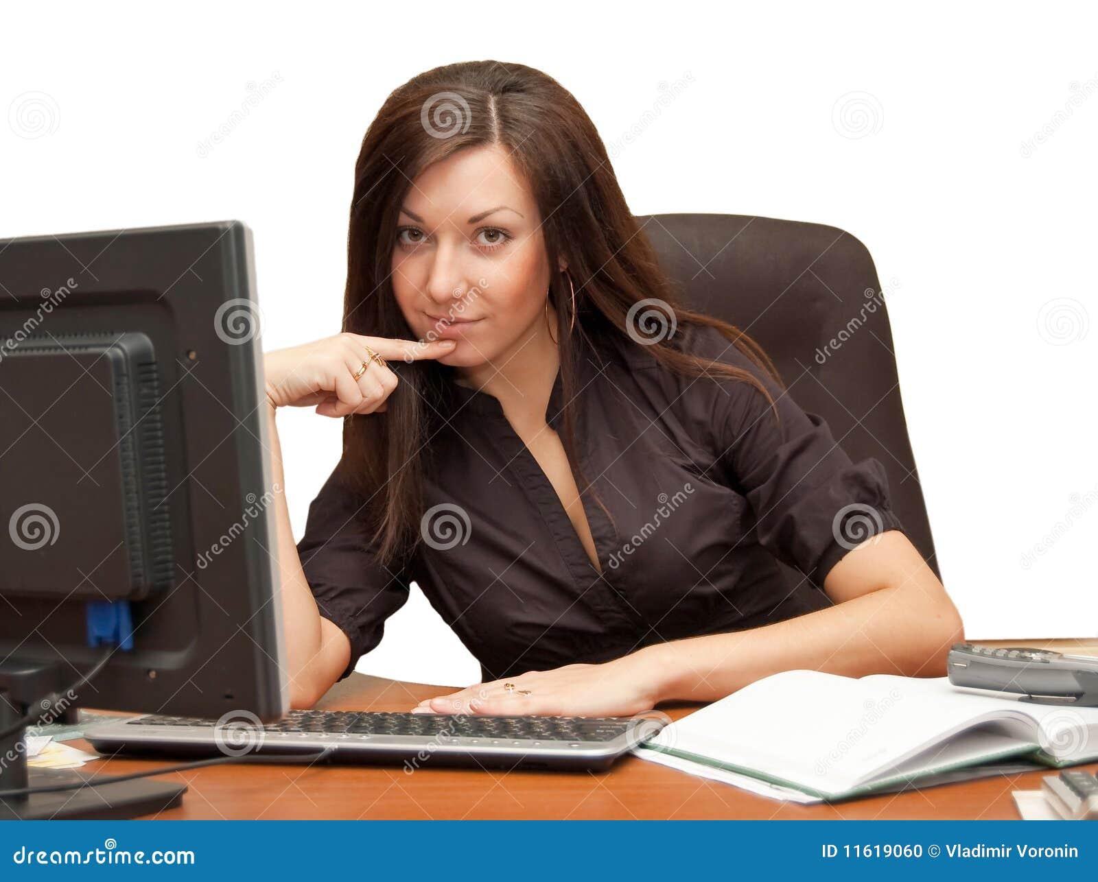 Фото девок в офисе 10 фотография