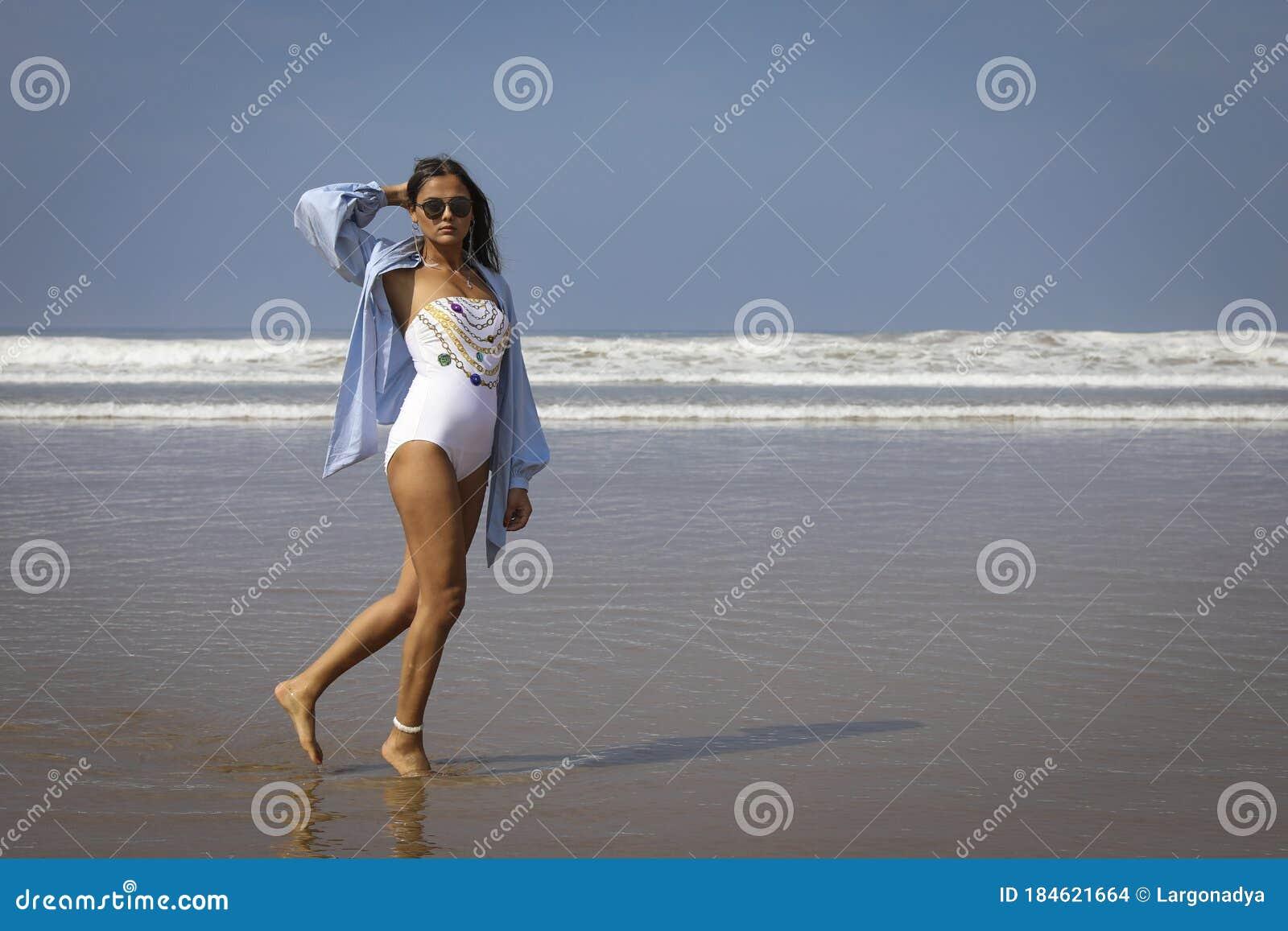 Tropical love   Бикини девушки, Канны, Пунта-кана