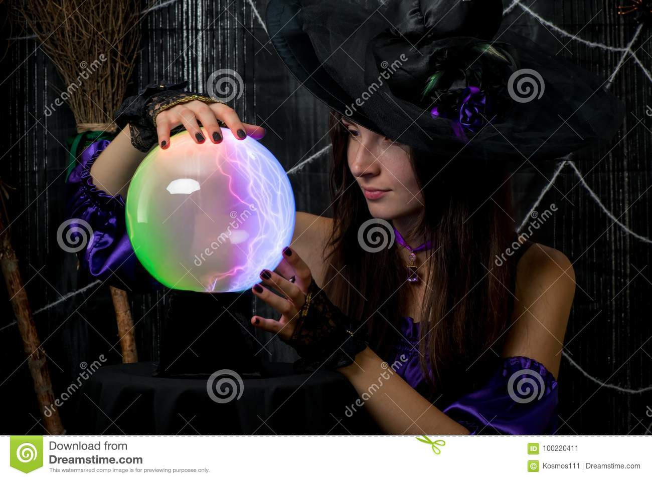 A Girl In A Black Hat Works As A Fortune-teller Stock Image - Image