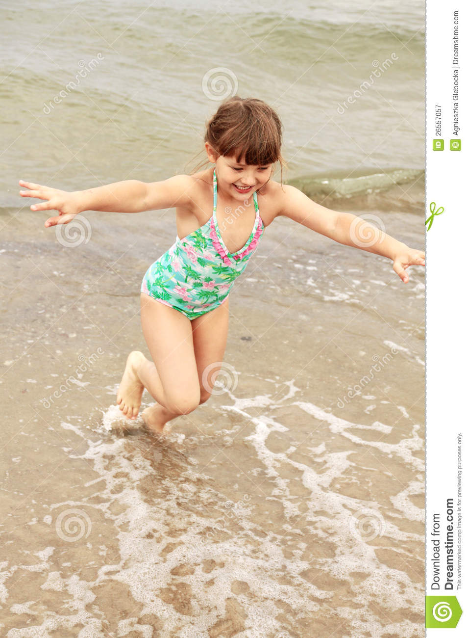 Royalty Free Stock Photography Girl Child Fun Water