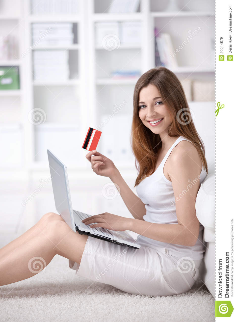 Girl With Credit Card Royalty Free Stock Images Image