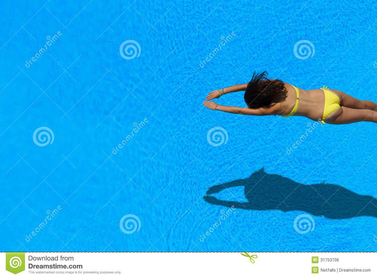 Girl diving in the swimming pool stock photo image 31753706 for Animation piscine