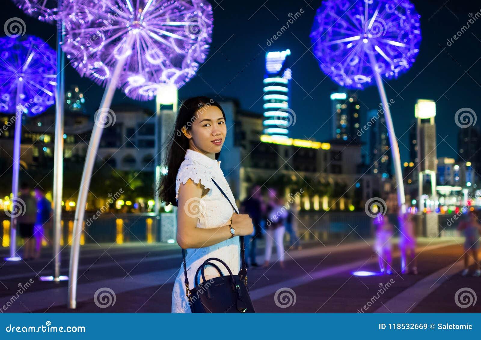 girl in dubai for a night