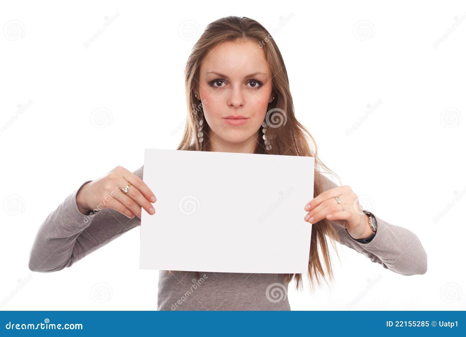 Фото девушка с бумагой