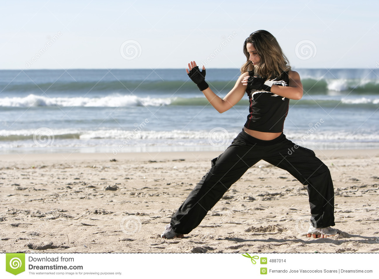 How to Fight Girls: 14 Steps with Pictures - wikiHow