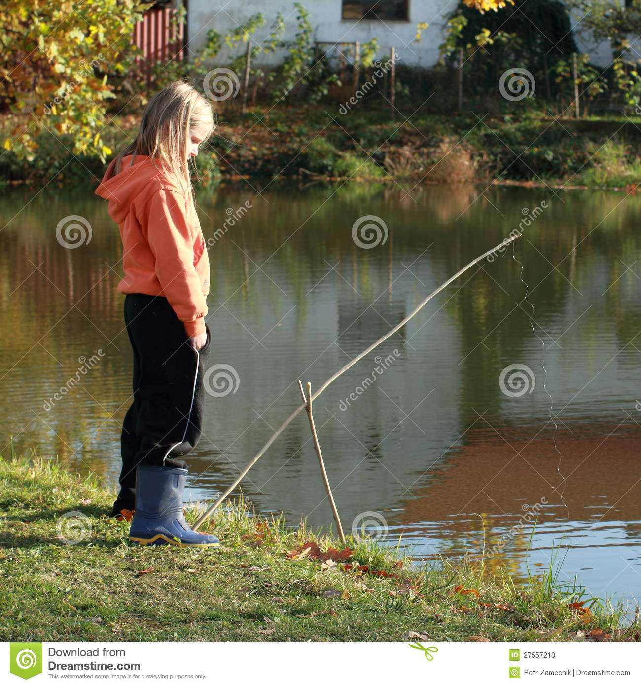 Girl fishing on pond stock photos image 27557213 for Little girl fishing pole