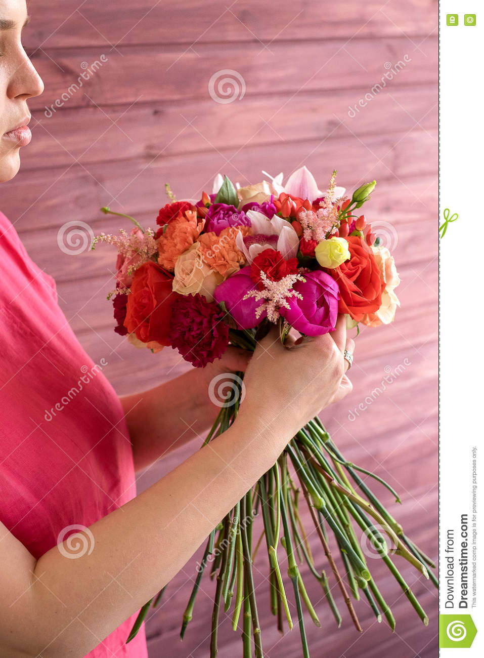 Girl Florist Making A Wedding Bouquet Stock Photo - Image of green ...