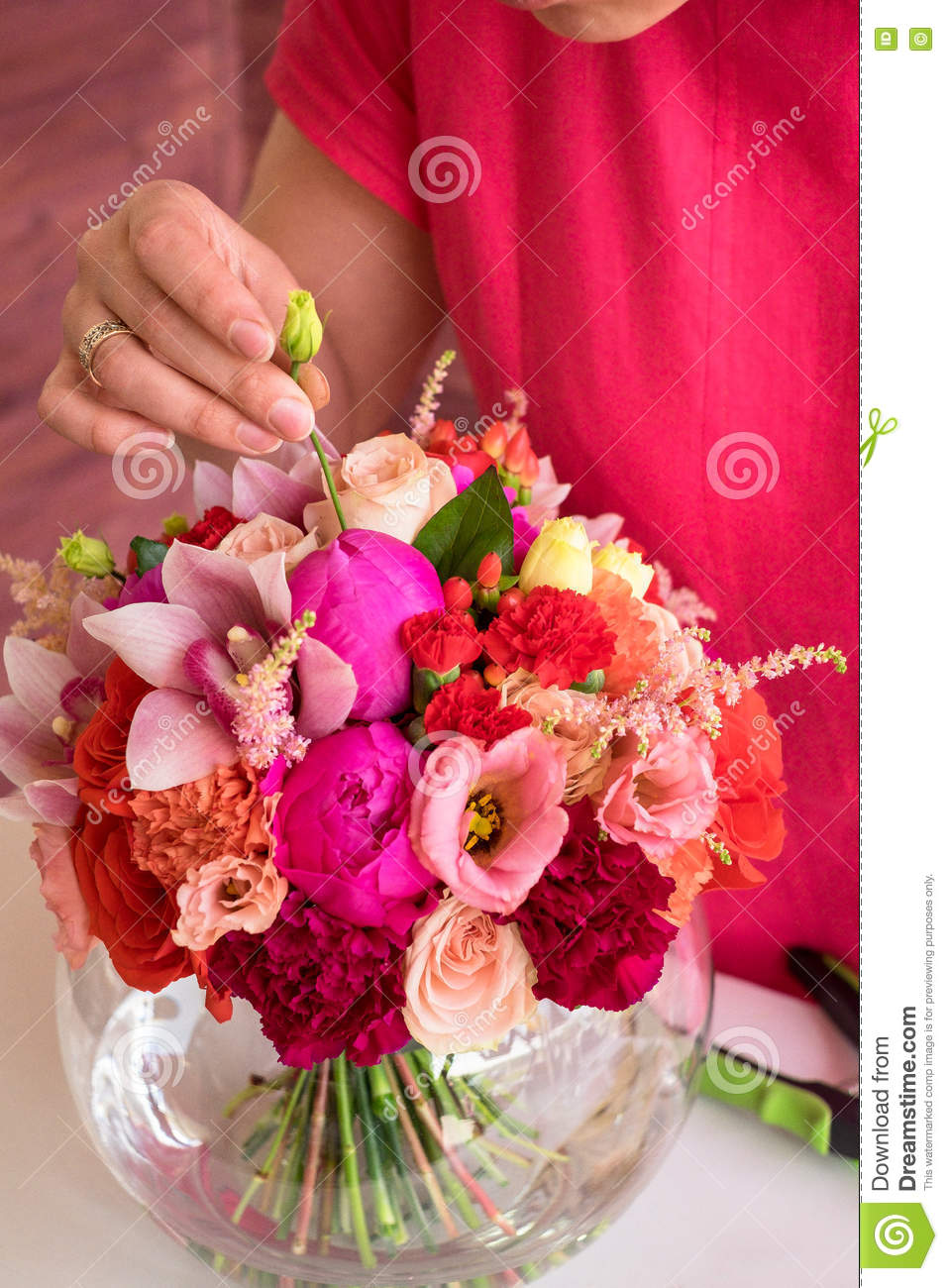 Girl Florist Making A Wedding Bouquet Stock Photo - Image of ...