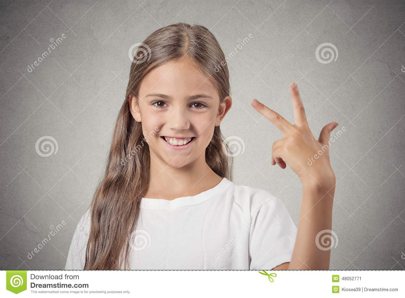What young teen girl fingers