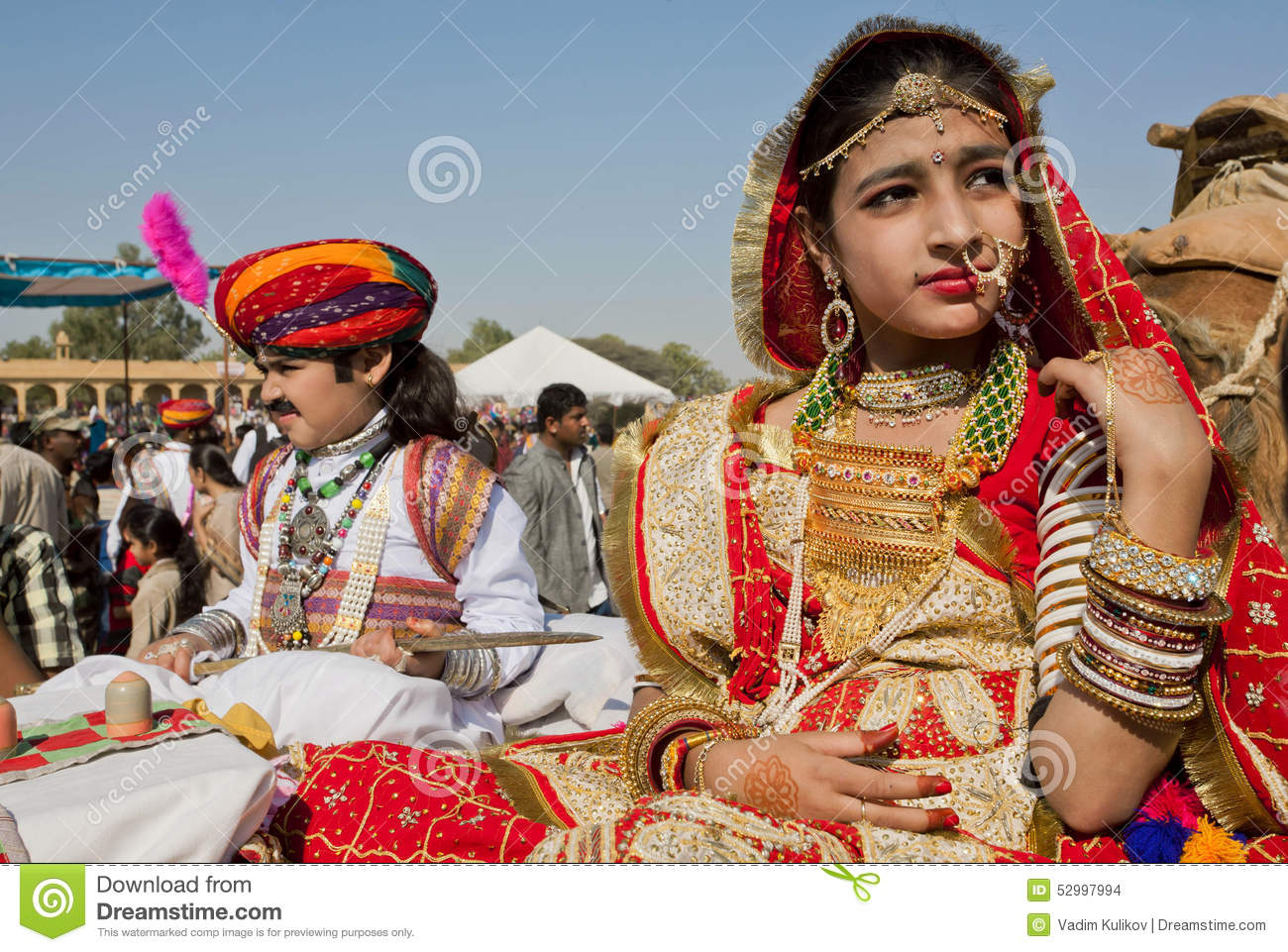 Girl Gold Jewelry Traditional Dress India Jaisalmer Unidentified Sit Camel Cart Carnaval Desert Festival