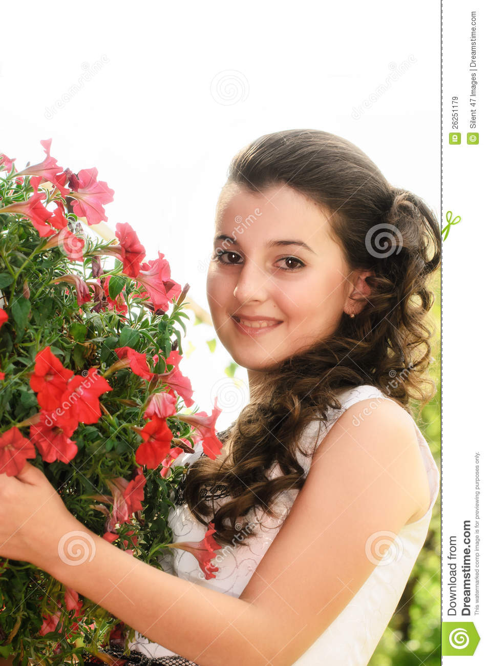 clipart girl holding flowers - photo #45