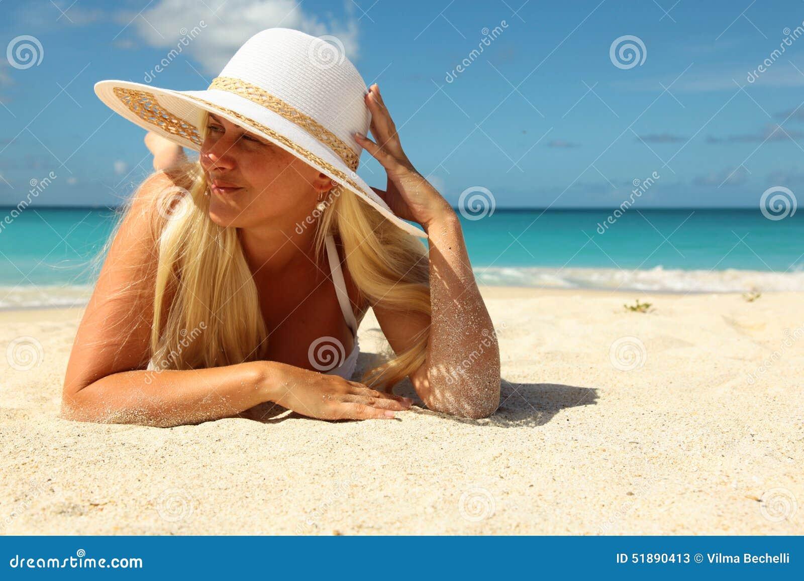 Teen model sandra naked