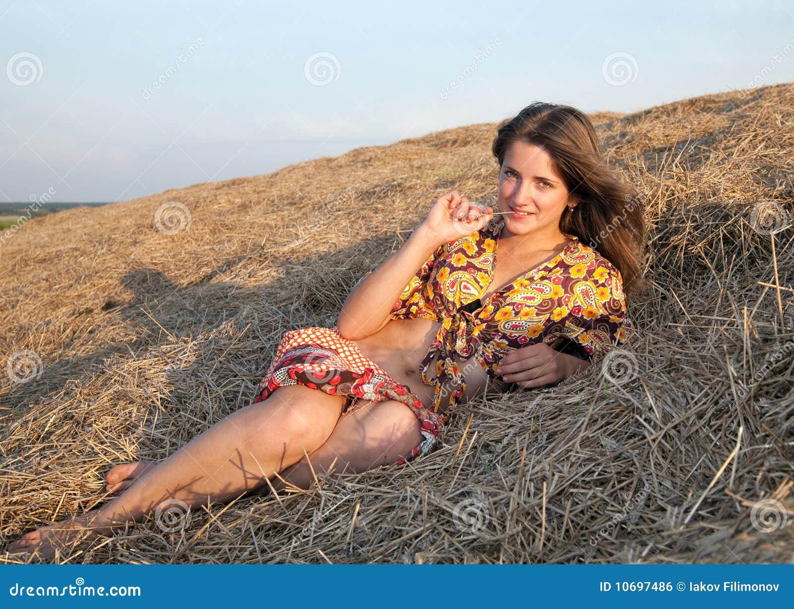 Только взрослые деревенские женщины фото 1 фотография
