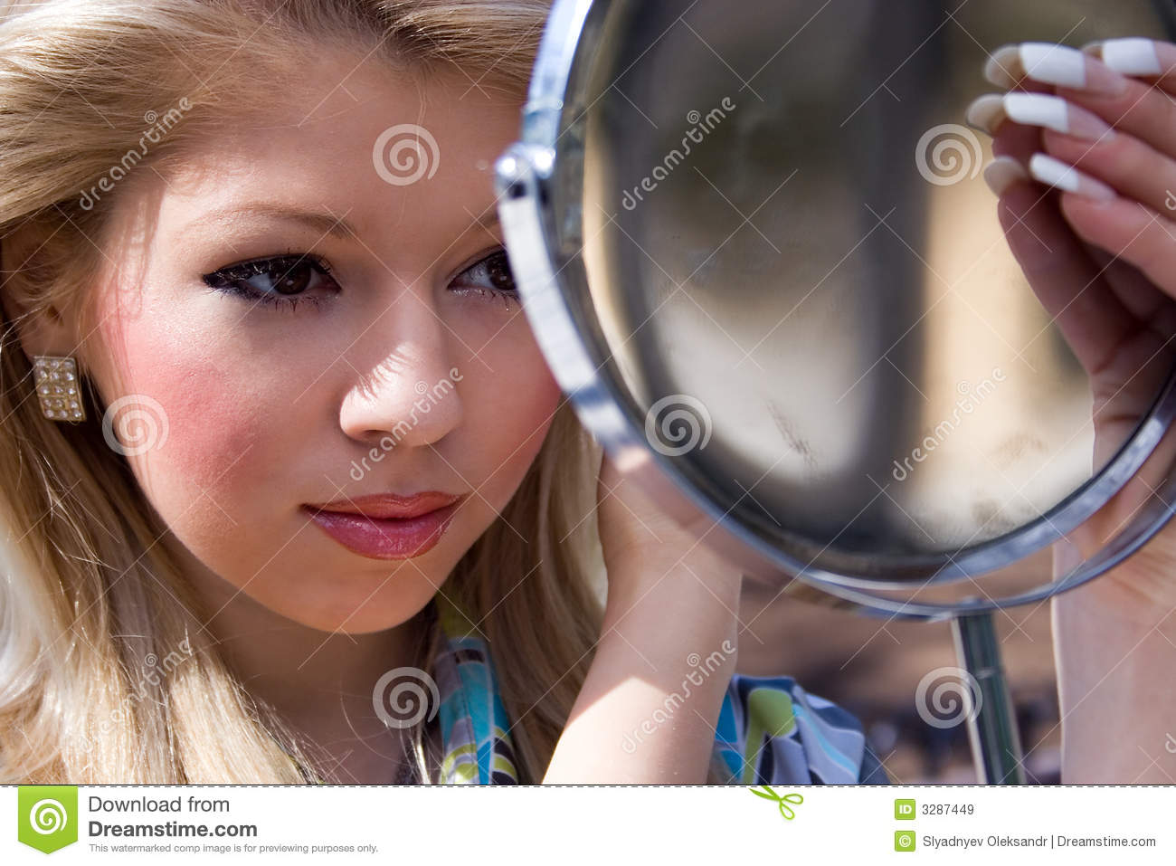 Girl looks in the mirror royalty free stock images image for Mirror 7th girl