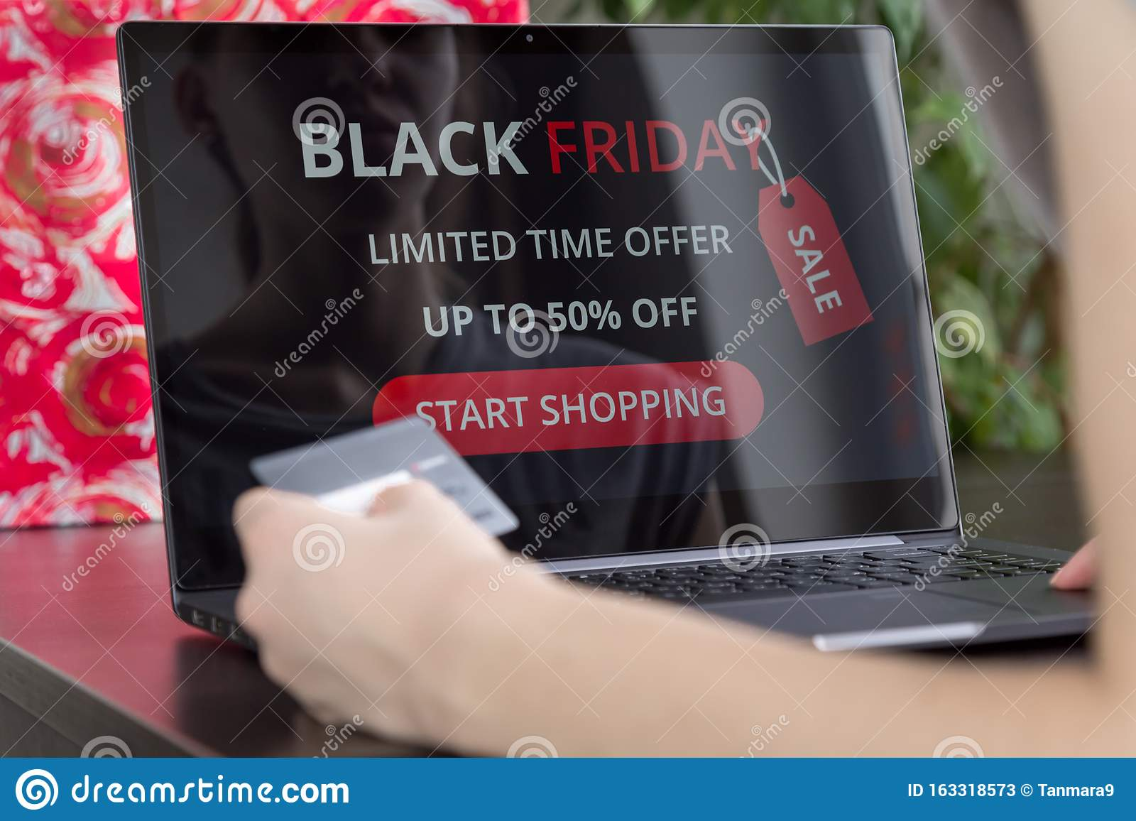 Girl Makes Purchases Over The Internet On Black Friday Stock Image Image Of Home Shop 163318573