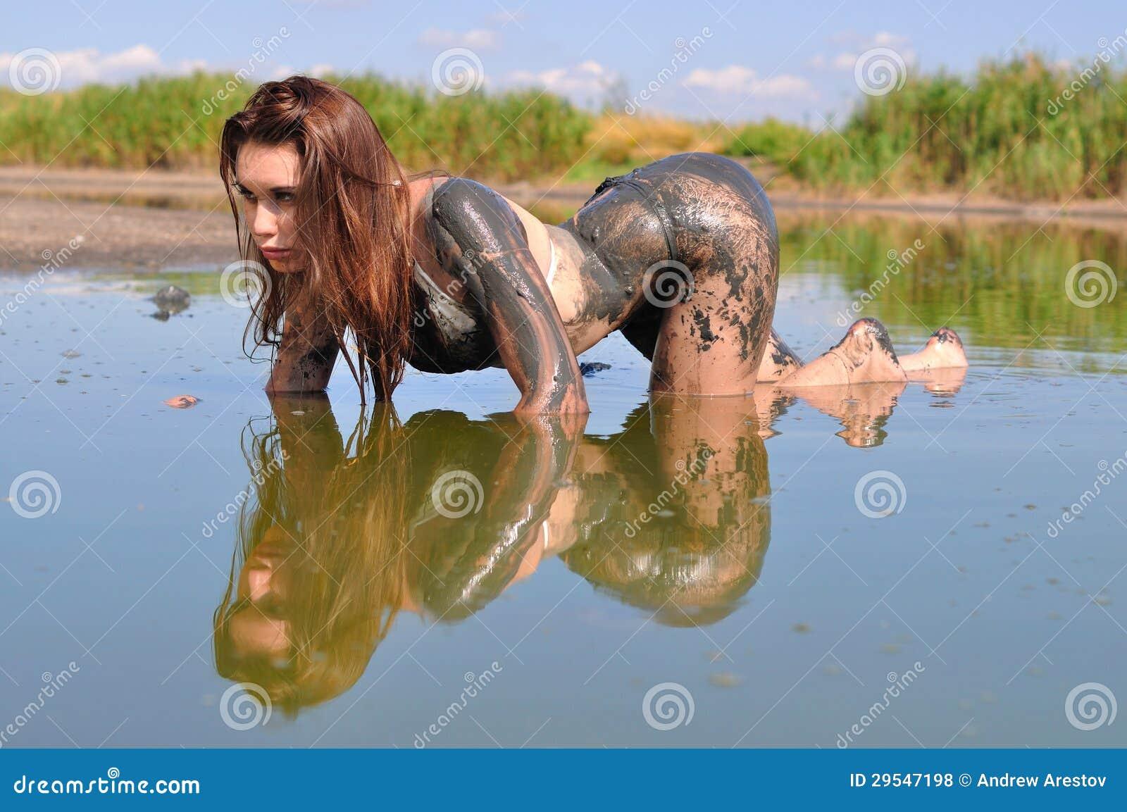 Русский секс в грязи, В грязи - бесплатное онлайн порно на сайте TopPorno 21 фотография