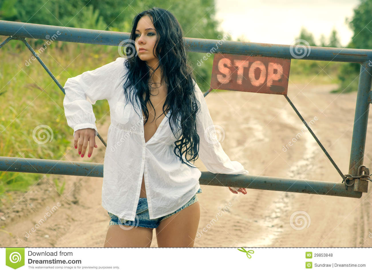 https://thumbs.dreamstime.com/z/girl-mini-denim-shorts-standing-turnpike-countrys-29853ad-29853848.jpg