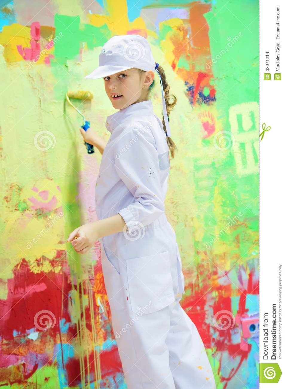 Girl Painting Wall Stock Images Image 32071214