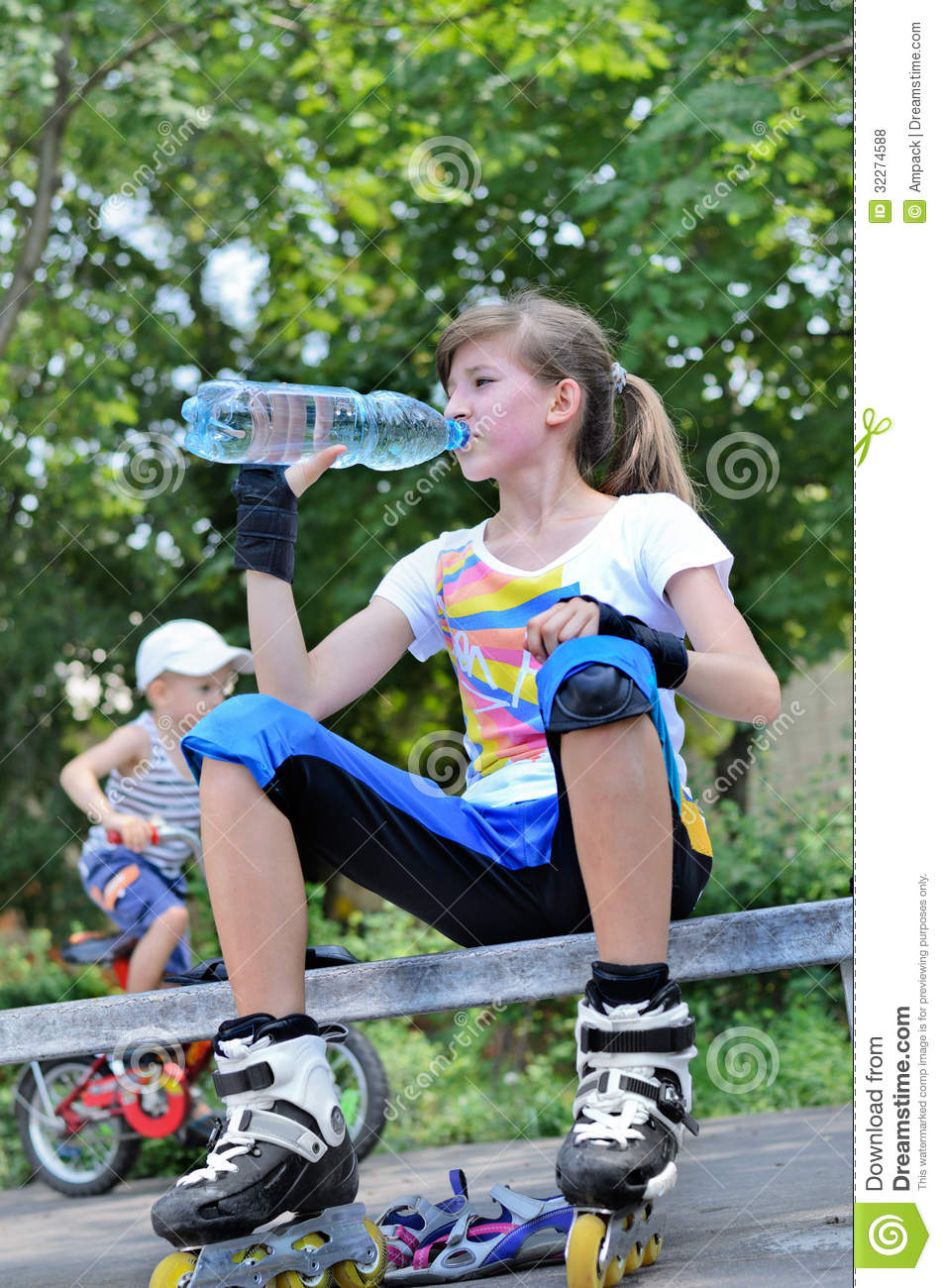 ... Drink While Roller Skating Royalty Free Stock Photos - Image: 32274588