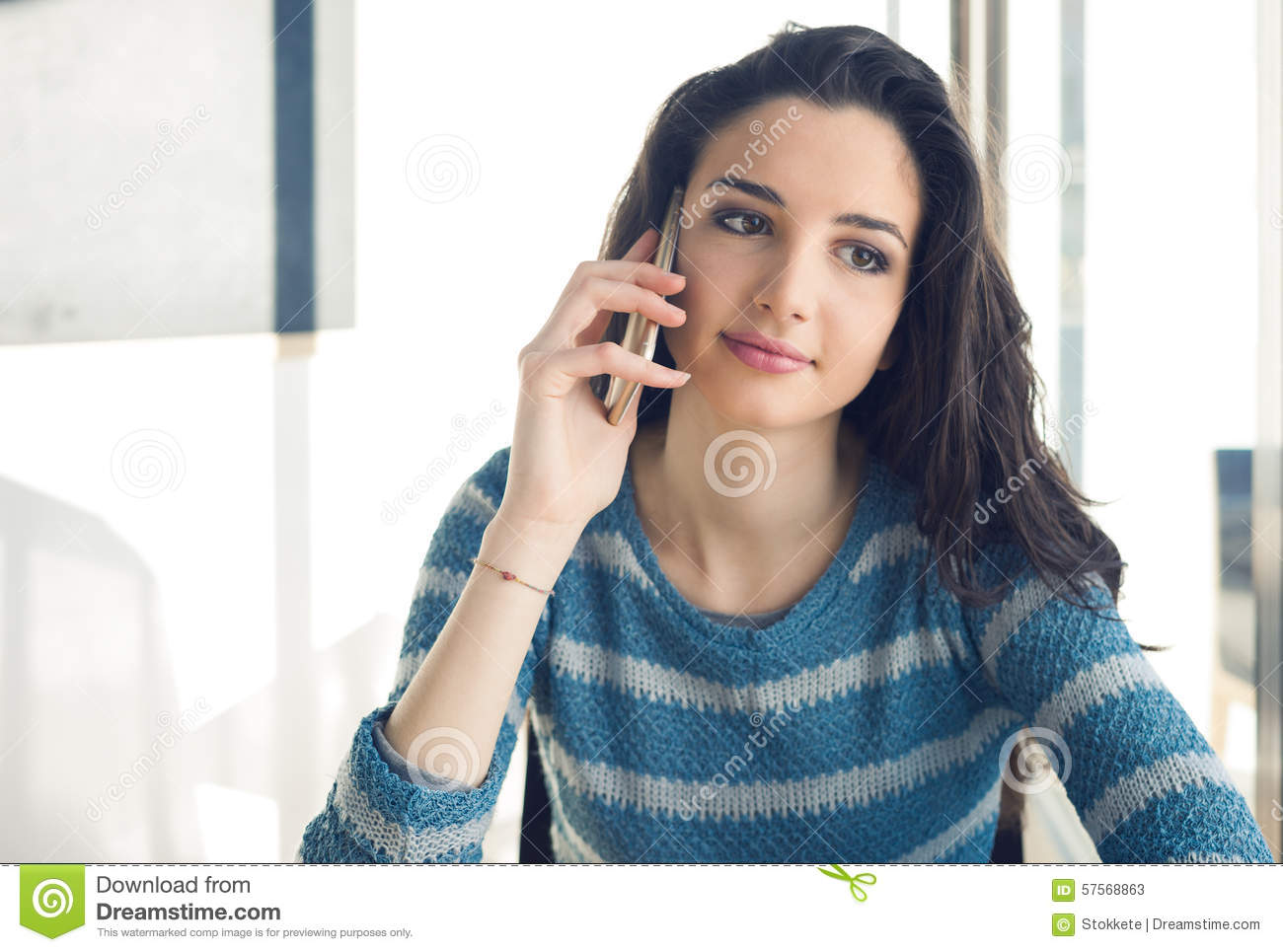 Calling a girl on the phone