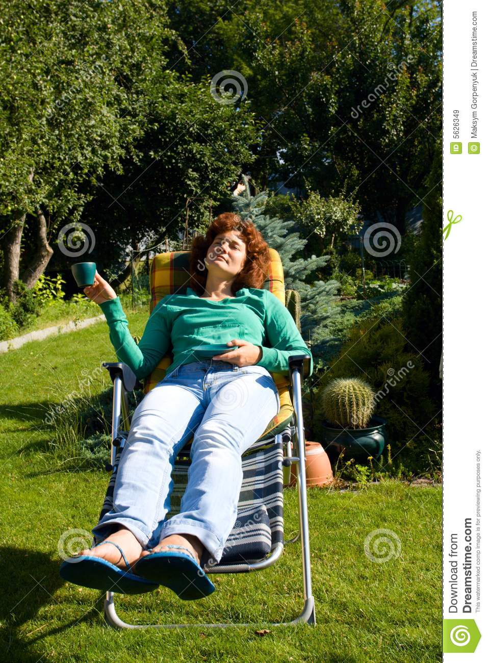 Girl relax in chaise longue on garden royalty free stock for Relax chaise longue