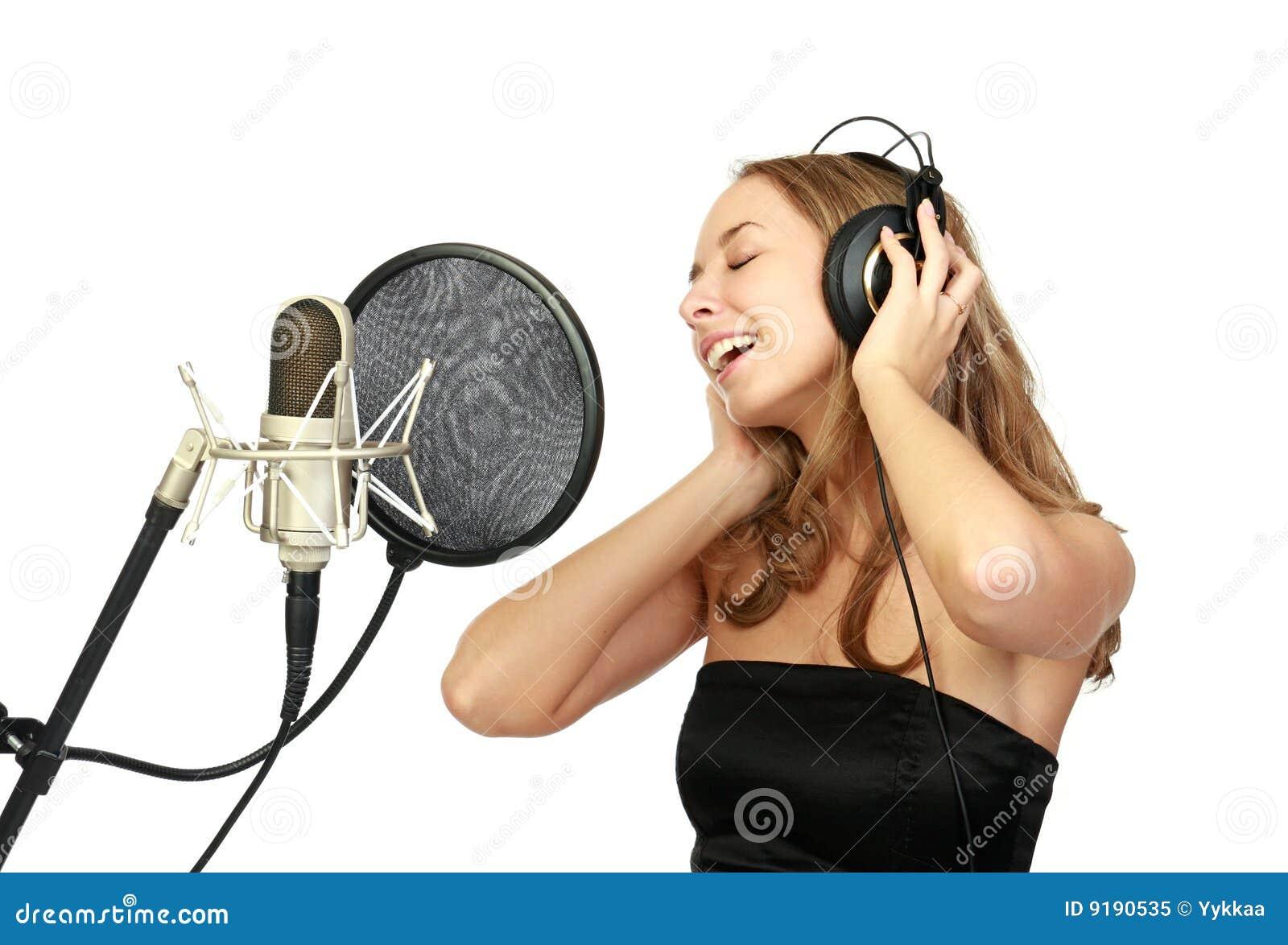 Как научиться петь в домашних условиях 25