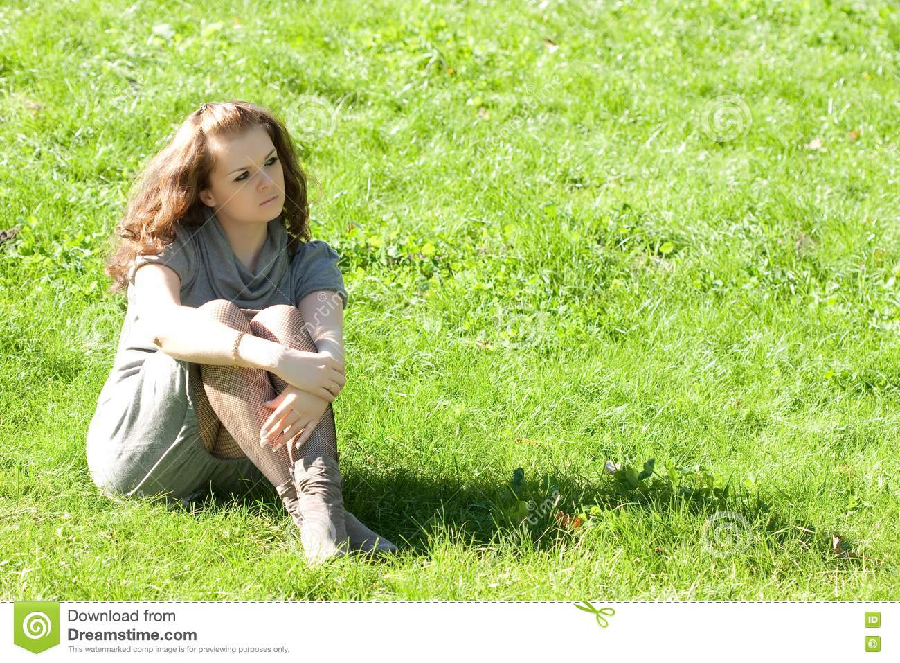 ... On Green Grass Royalty Free Stock Photography - Image: 16229827: dreamstime.com/royalty-free-stock-photography-girl-sitting-green...