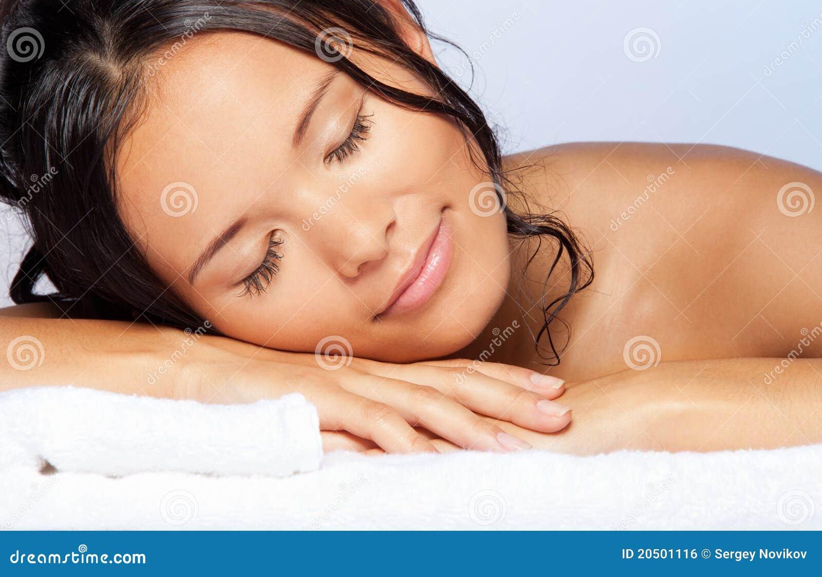 Секс с молодыми спящими девочками 19 фотография