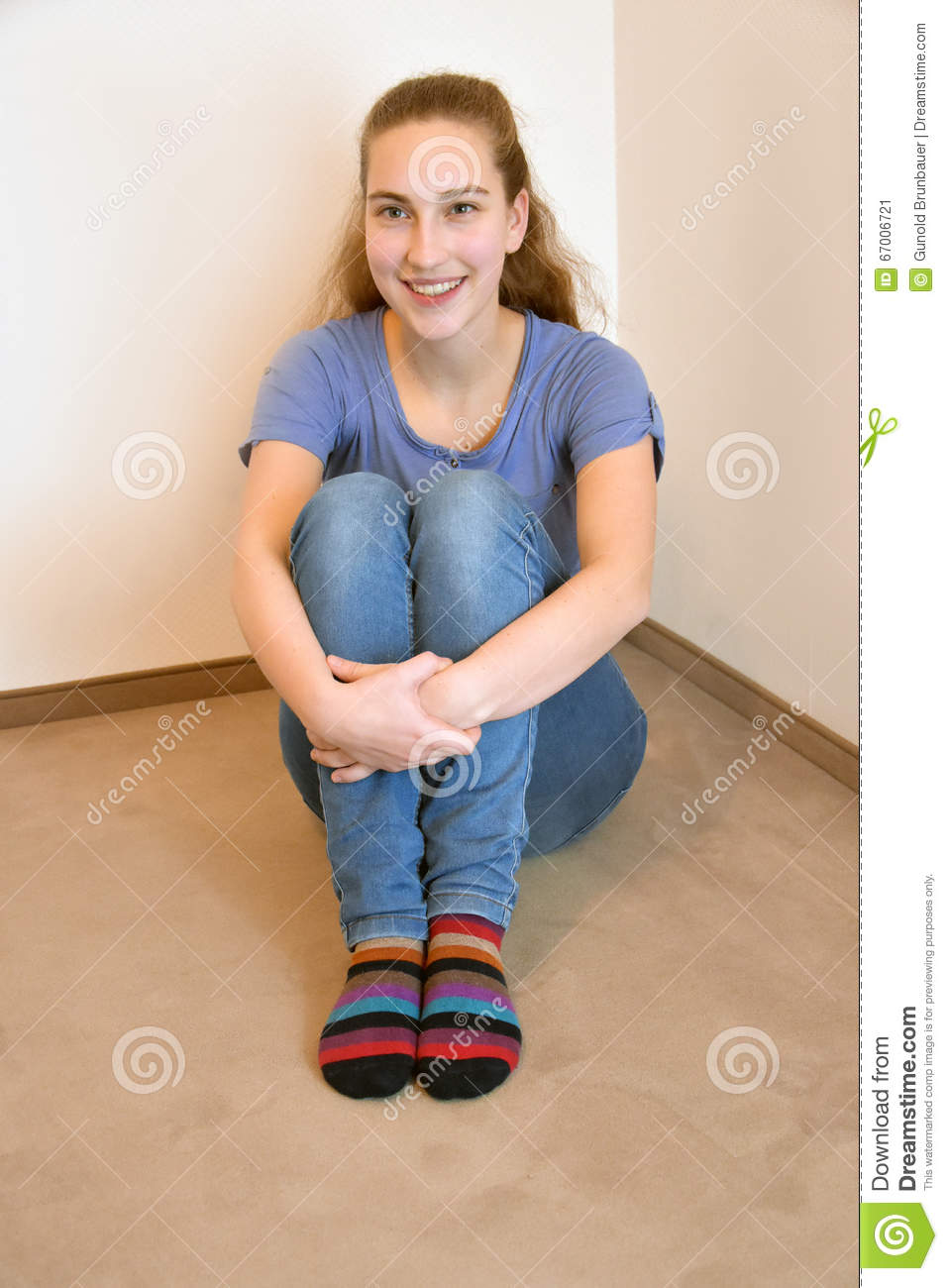 Teenager In Socken