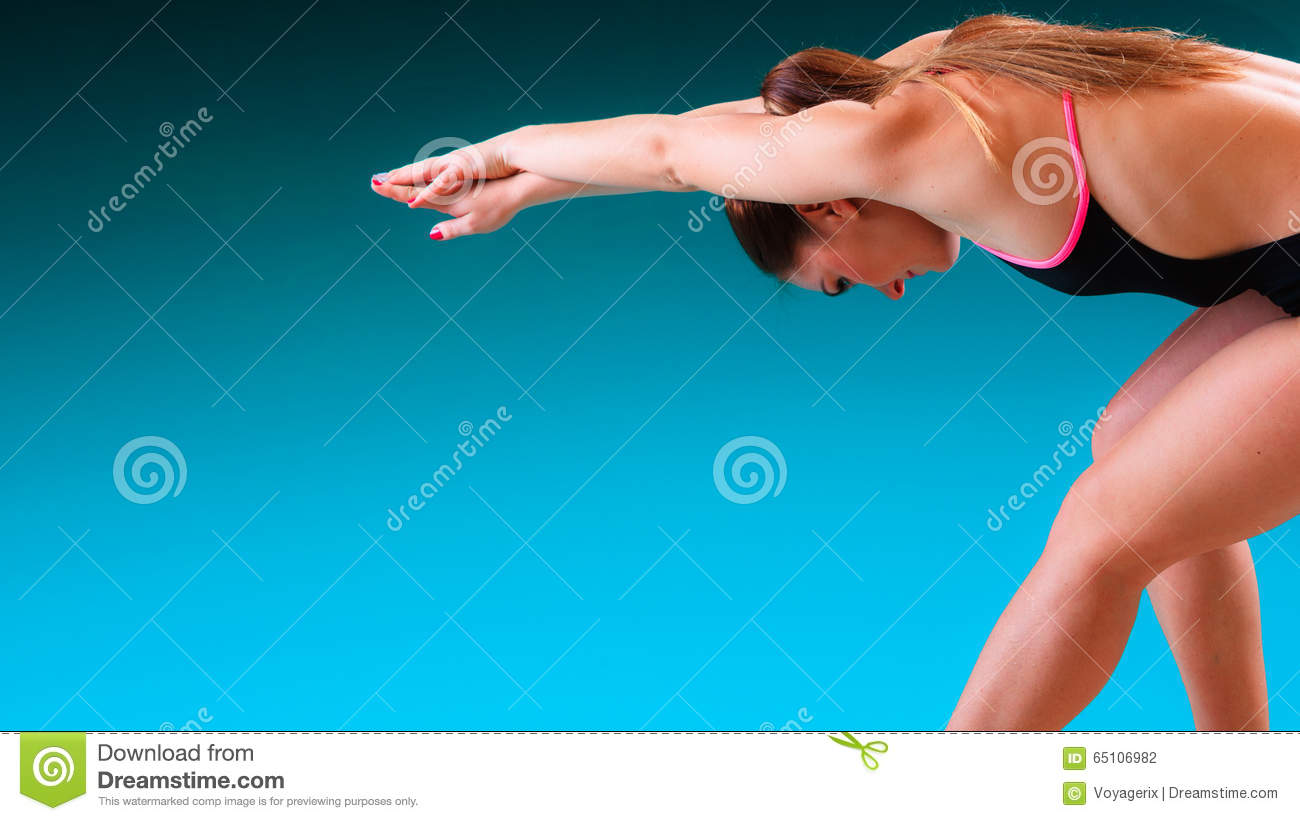 Girl Swimmer Preparing To Jumping And Diving Stock Photo Image 65106982