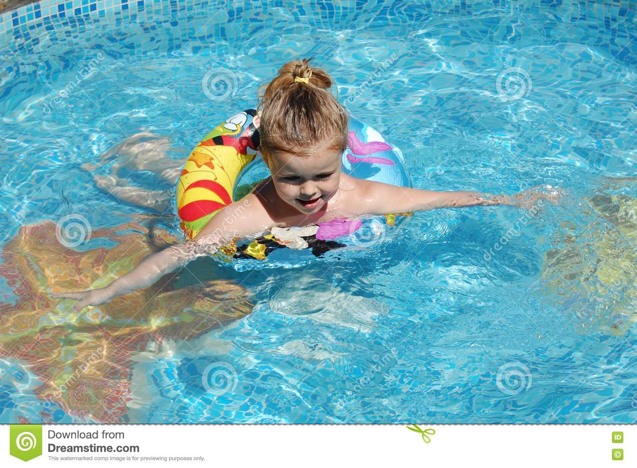 Royalty Free Stock Images A Girl In A Swimming Pool Image 9882079