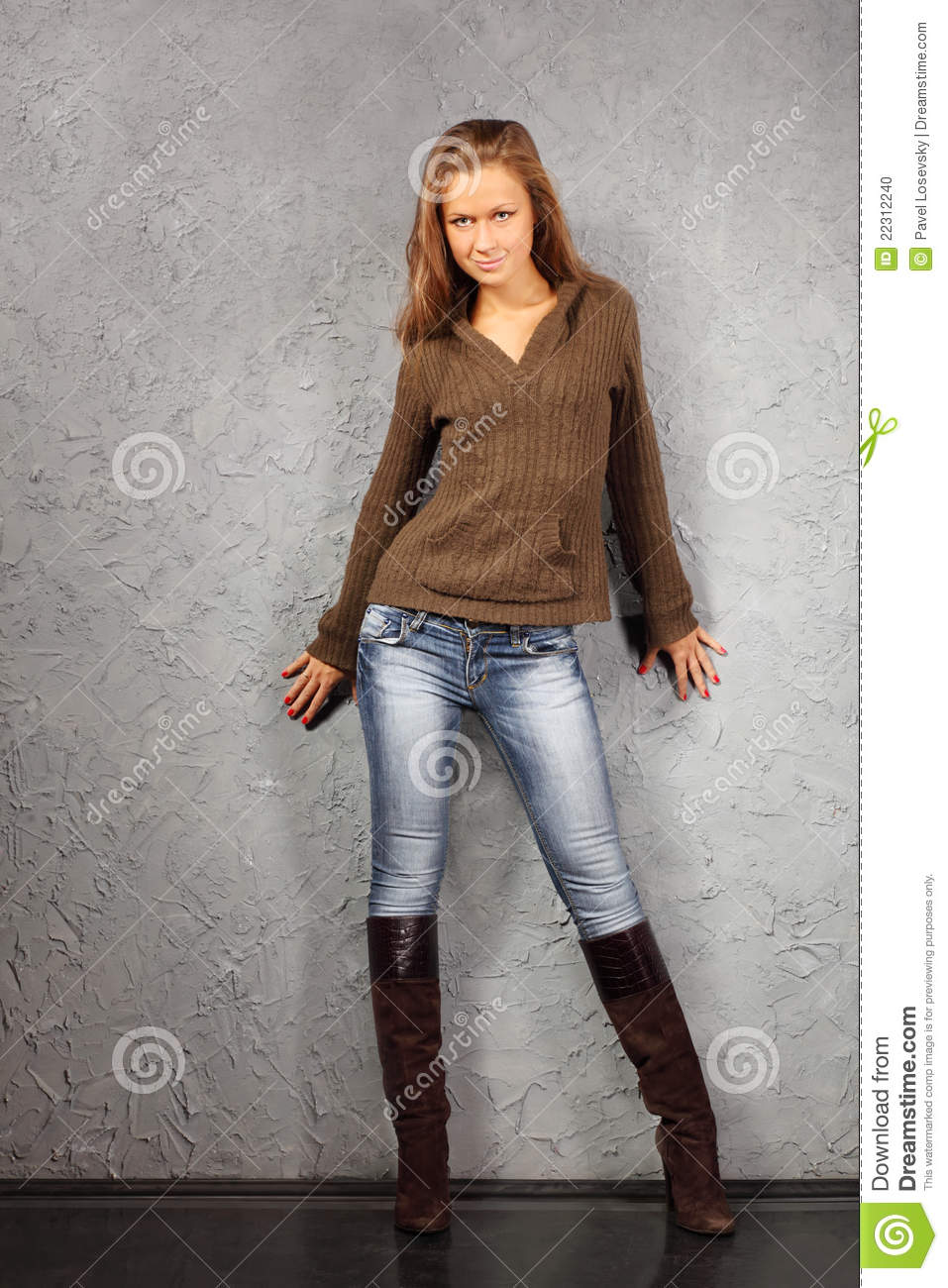 Beautiful Beautiful Woman Legs Wearing Heel Shoes Stock Photo 74864089 - Shutterstock