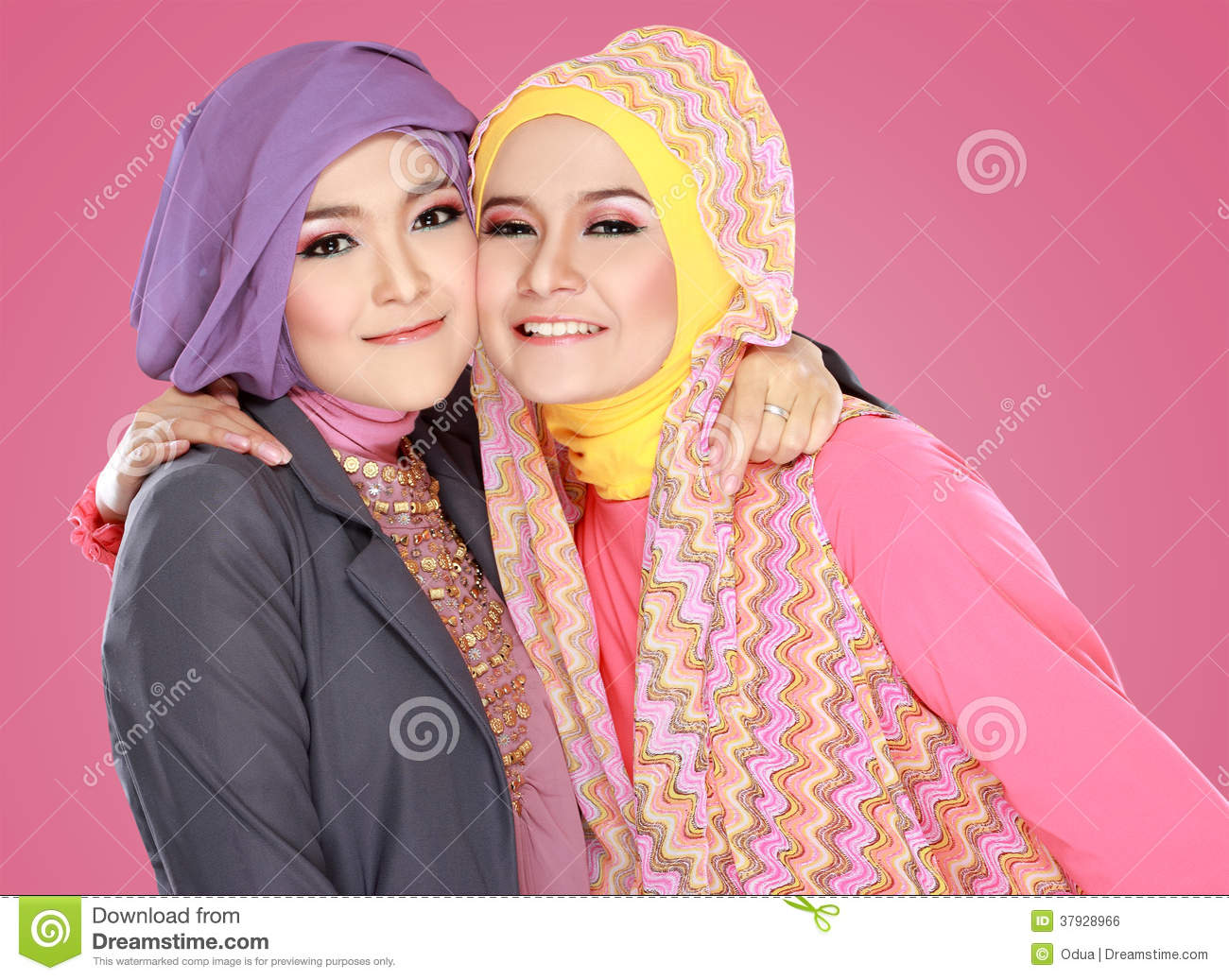 grassy muslim girl personals Want to date a muslim girl and do not know how to start check our top tips of how to date a muslim woman.