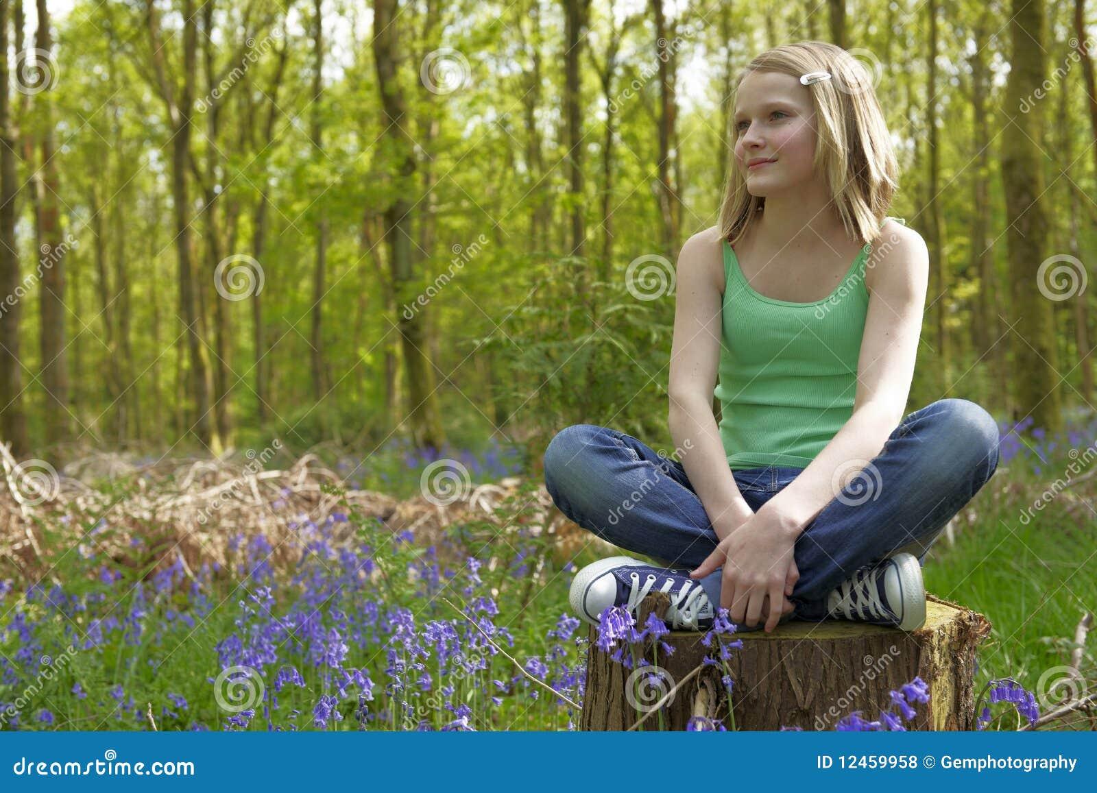 Teenager enjoying life with your friends novinha de cu rosa - 3 6