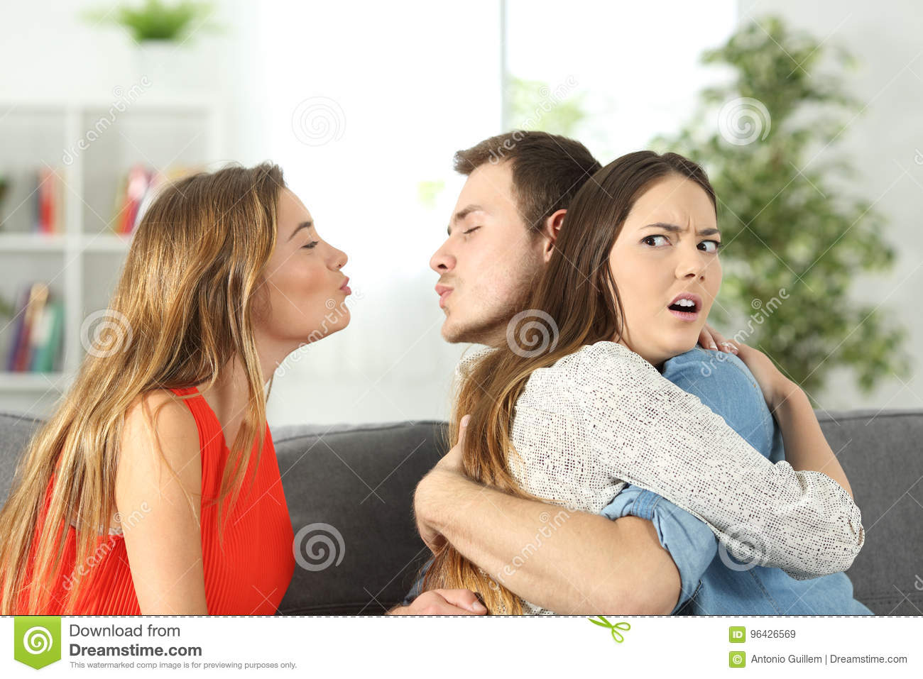 Girlfriend discovering that her boyfriend is cheating