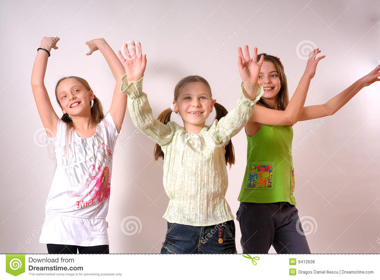 Girls Dancing Royalty Free Stock Photos Image 9412638