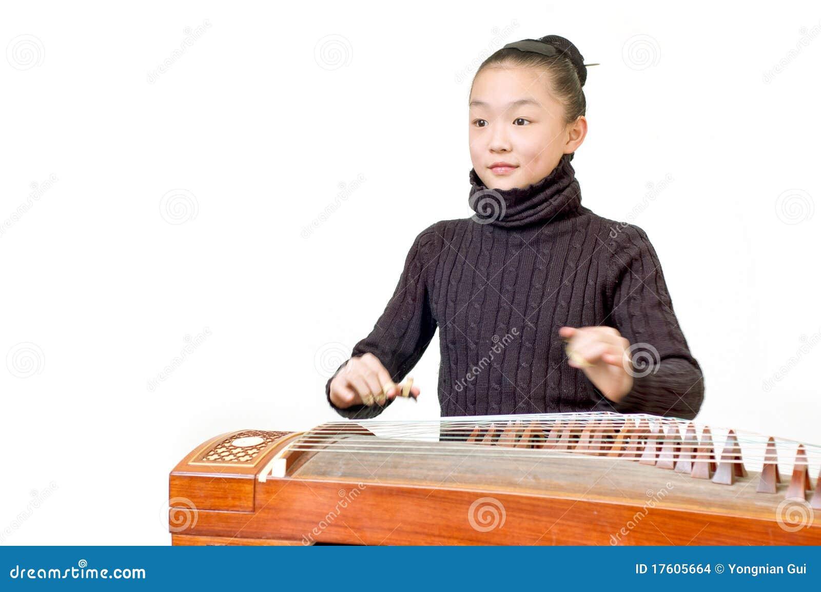 Girls(Guzheng performance)