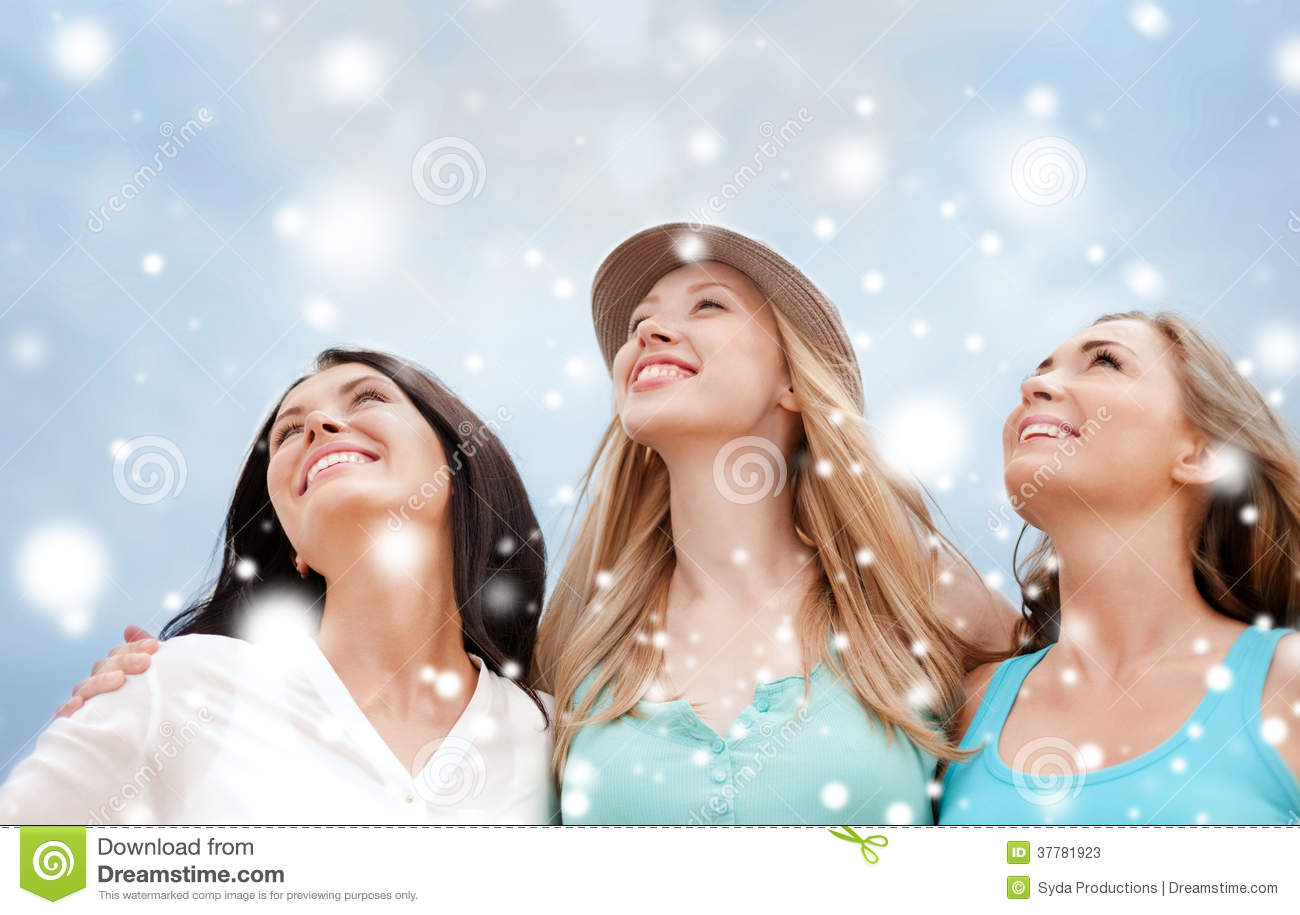 Girls Looking Up In The Sky Stock Image Image Of Resort Resting 37781923