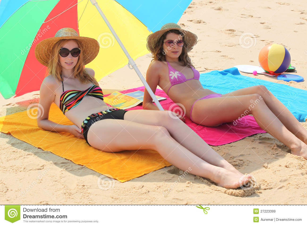 Girls Lying The Beach Royalty Free Stock Image