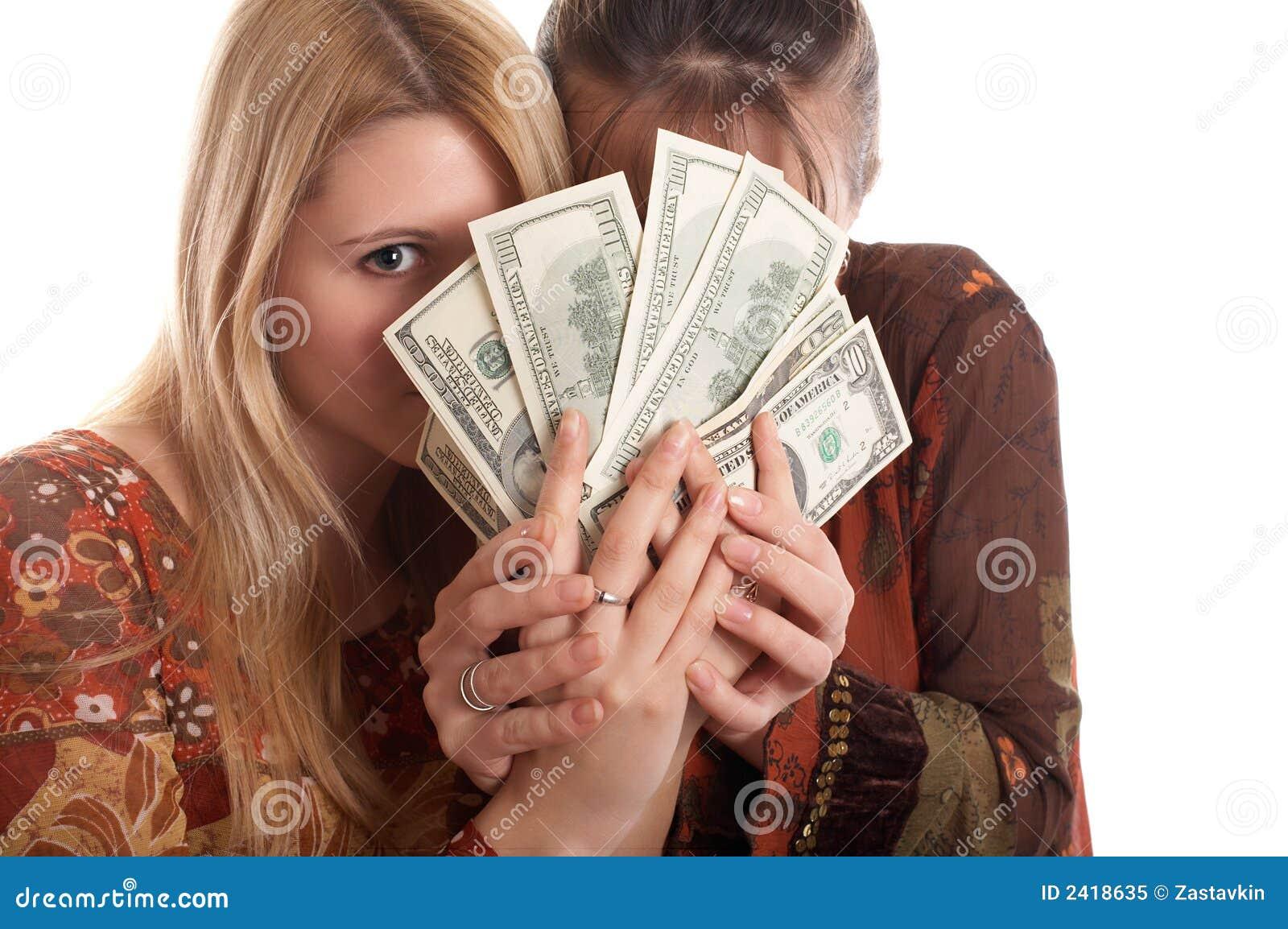 Снимают баб за деньги, Пикап порно. Парни подкатывают к девушкам 27 фотография