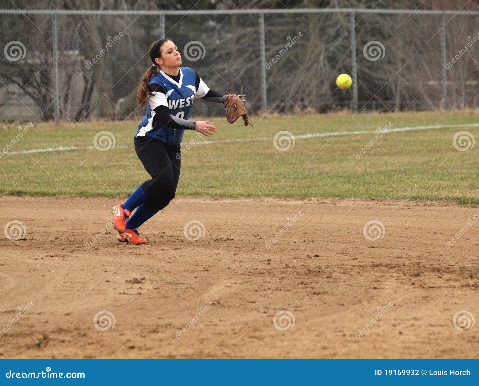 Girls Softball | girl ... Girls Softball