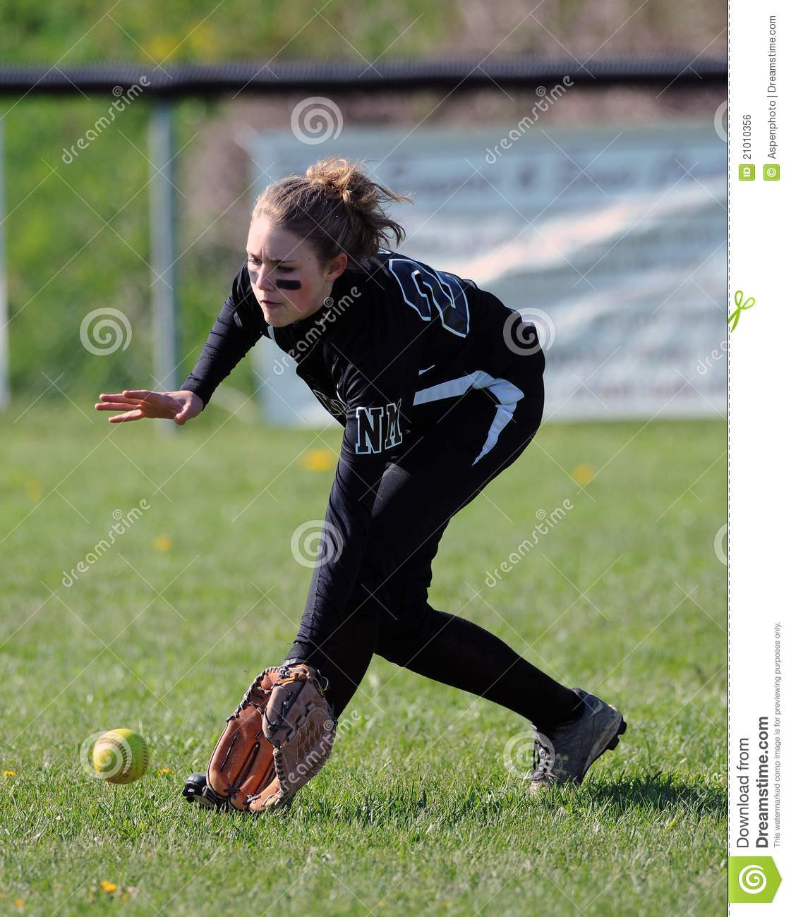 Girls Softball - Fielding In The Outfield Editorial Photo ...