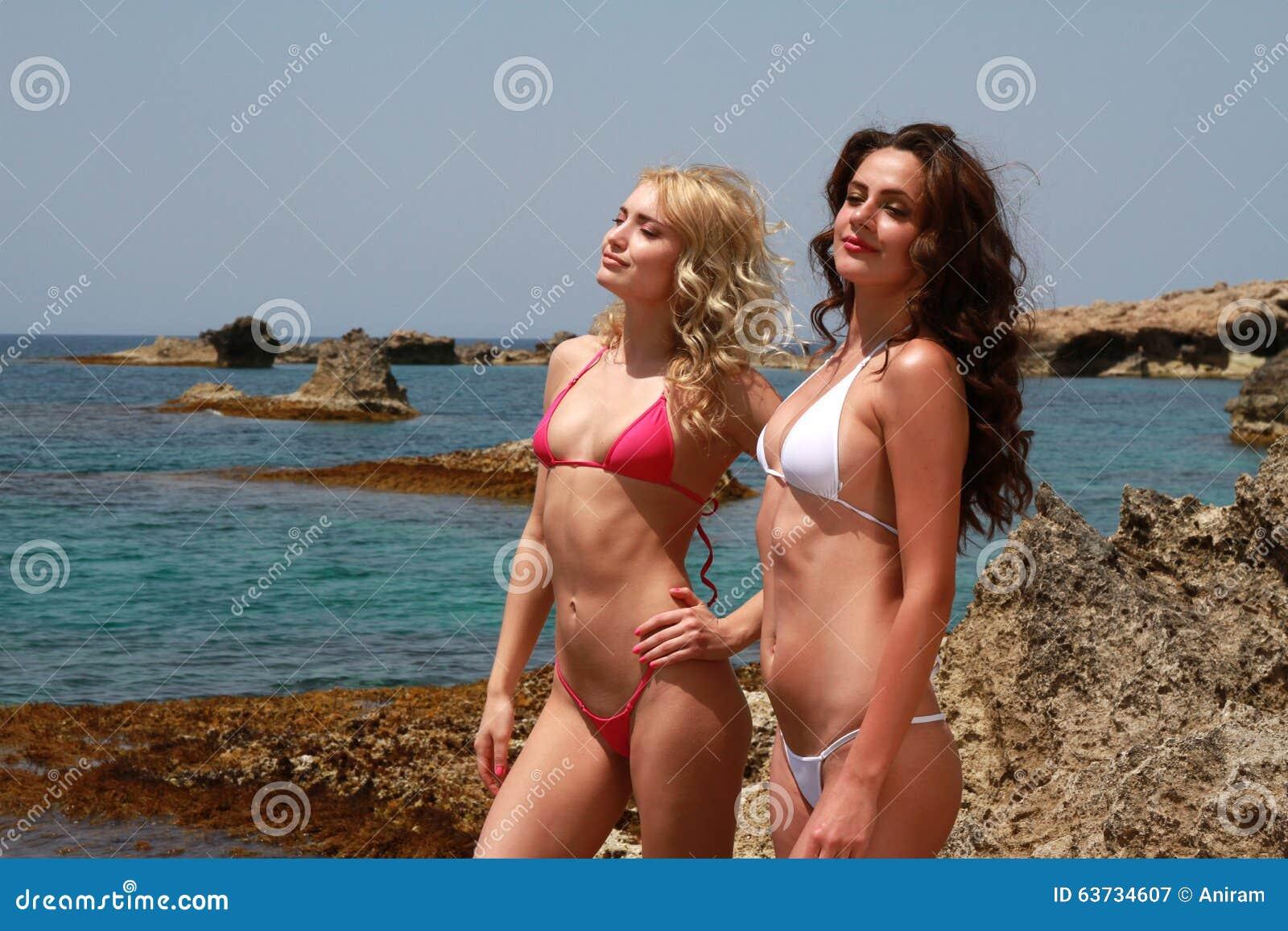 Bar refaeli sex nude