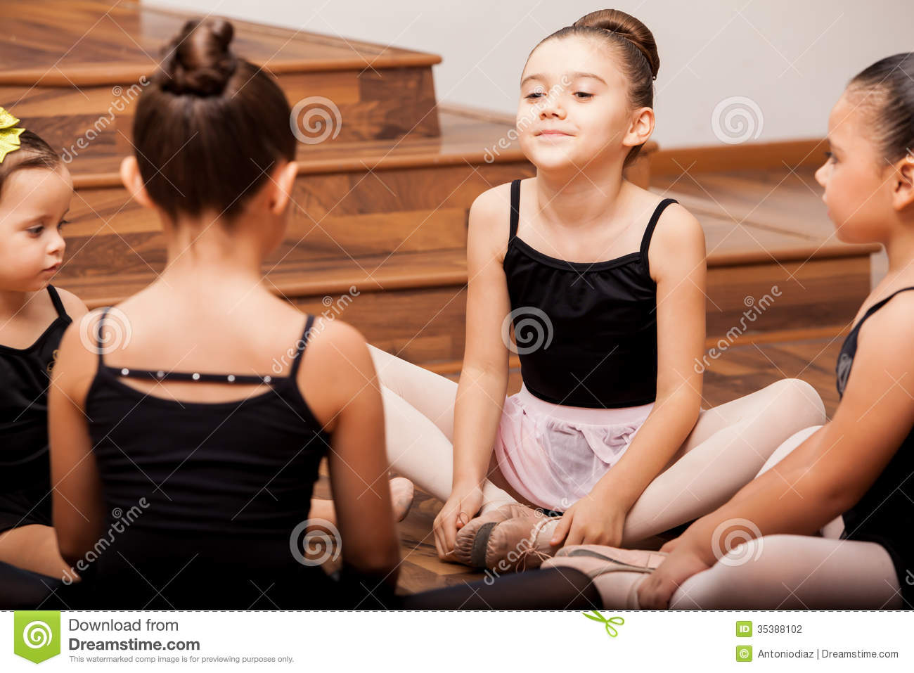 3638f5394fcc Girls Warming Up In Dance Class Stock Photo - Image of stretching ...