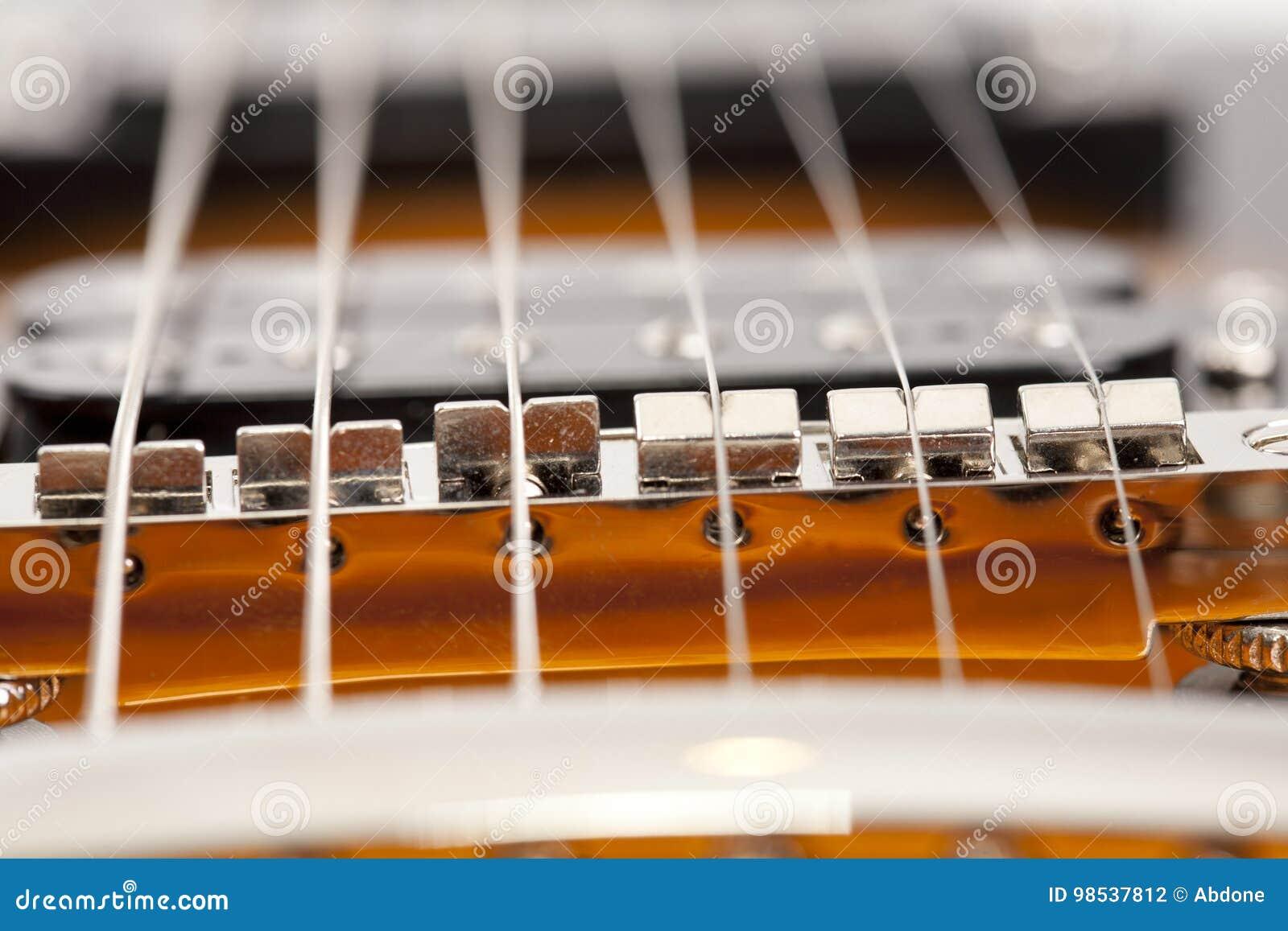 Gitarren-Schnüre