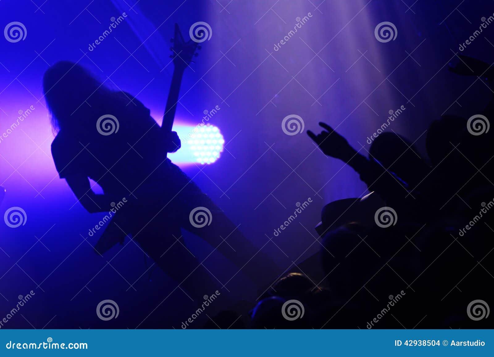 Gitarrist under konsert