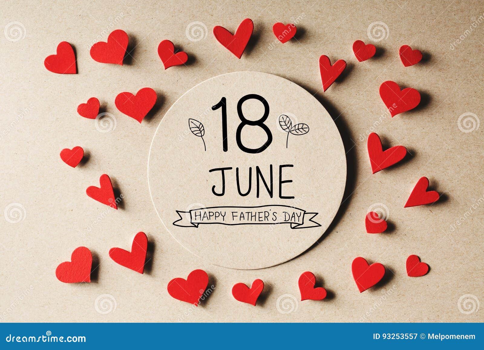 18 giugno messaggio felice di giorno di padri con i piccoli cuori