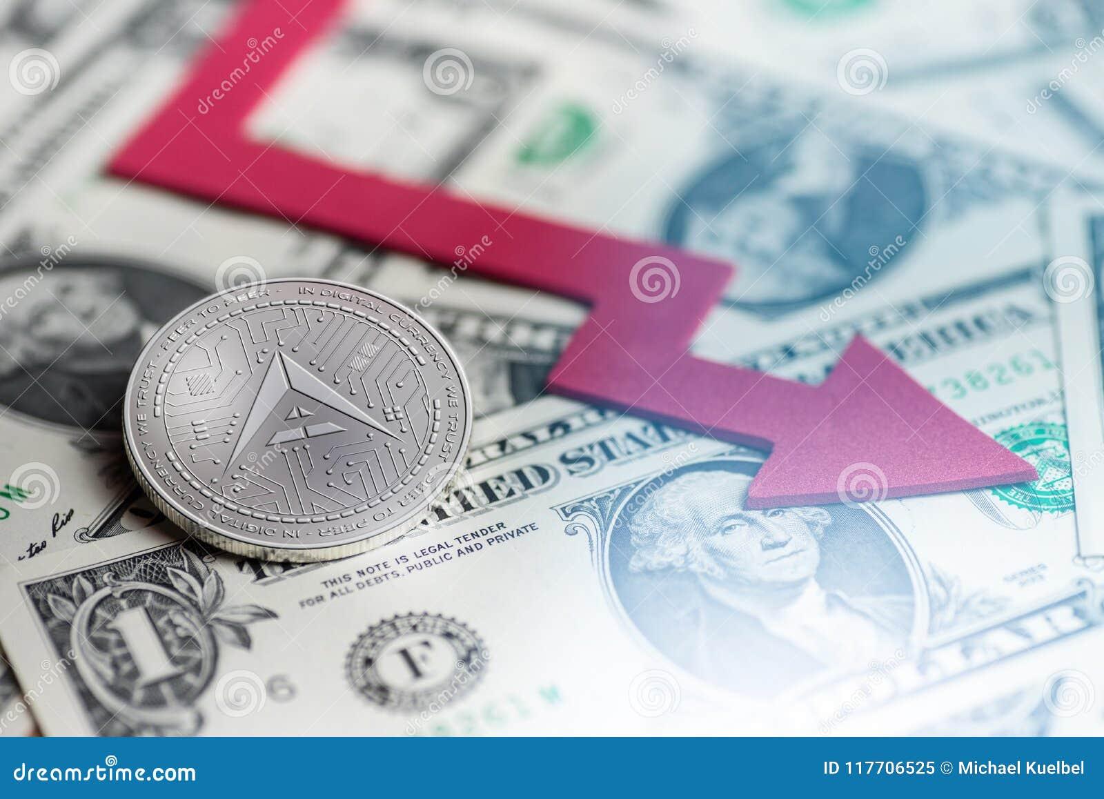 Glänzende silberne ARCHE cryptocurrency Münze mit negatives Diagrammabbruch baisse fallender verlorener Wiedergabe Defizits 3d