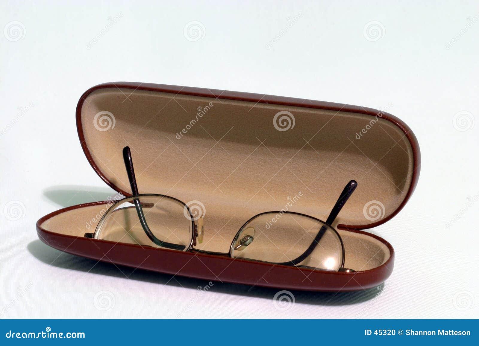 Gläser mit hartem Fall