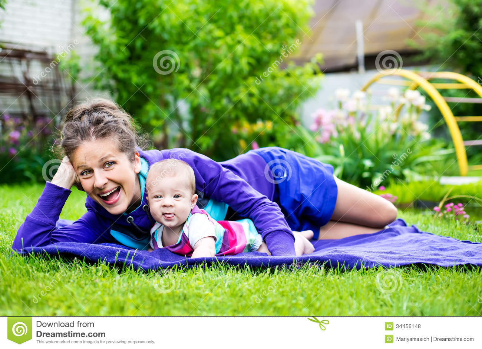 Glückliche Familienmomente